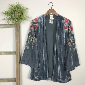 Lu | NWT Velvet Floral Embroidered Boho Kimono